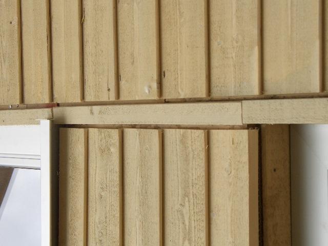 Viel Holz gibt dem Musterhaus Fellbach in der Ausstellung Eigenheim & Garten bei Stuttgart von Lehner Holzhaus Bonndorf sein besondere Note