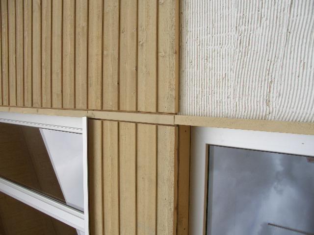Perfekte Dämmung kombiniert mit dem Baustoff Holz macht das Musterhaus Fellbach in der Ausstellung Eigenheim & Garten bei Stuttgart zum Effizienzhaus55
